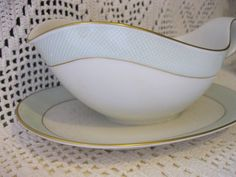 Heinrich H Anmut Germany Gravy Boat with attached Plate
