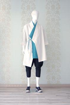 언밸런스 신한복 디자인의 시작! : 네이버 블로그 Punk Costume, Cosplay Costumes, Orientation Outfit, Modern Hanbok, Costume Design, Traditional Outfits, Korean Fashion, Normcore, Menswear