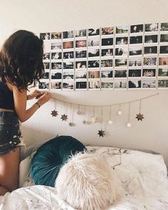 40 Luxury Dorm Room Decorating Ideas On A Budget Dorm Room Decor Ideas Budget Decorating decoratingideas dorm dormroom ideas Luxury room Cute Room Decor, Room Wall Decor, Bedroom Decor, Bedroom Ideas, Bedroom Designs, Easy Wall Decor, Bedroom Inspo, Room Ideias, Dorm Room Walls
