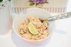 Tips til enkelt mellommåltid - Caroline Berg Eriksen Lchf, Keto, Tuna Salad, Paleo Recipes, Oatmeal, Low Carb, Snacks, Dinner, Breakfast