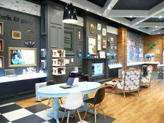 Telecom store by Gascoigne Associates & Designworks, Wellington   New Zealand