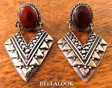 VINTAGE MARKED 925 STERLING SILVER ETRUSCAN WITH CARNELIAN CABOCHON EARINGS 6g