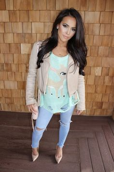 NOT SO UGLY CHRISTMAS SWEATER. I'm loving this nude jacket and mint sweater together. Hope you like ;).