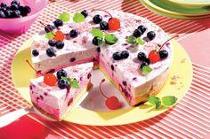 Ice Cream or Frozen Yogurt.....delicious either way!!!