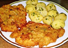 Pozsonyi rántott szelet recept foto Hungarian Recipes, Pork Recipes, Cauliflower, Zucchini, Bacon, Food And Drink, Vegetables, Cooking