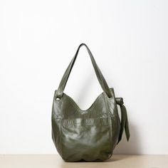 Gorgeous Erin Templeton tote, available in grey -- could be a diy