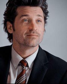 Greys Anatomy Derek, Greys Anatomy Cast, Dr Mcdreamy, Greys Anatomy Characters, Derek Shepherd, Pink Starbucks, Grey Anatomy Quotes, Patrick Dempsey, Gorgeous Men
