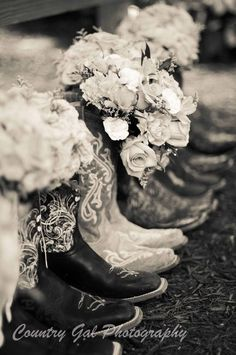Country Wedding Bouquets with Boots One day i will do this! Country Wedding B Country Wedding Bouquets, Country Wedding Photos, Wedding Pictures, Wedding Flowers, Party Pictures, Trendy Wedding, Perfect Wedding, Dream Wedding, Wedding Day
