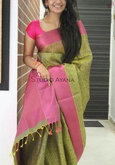 How to Select the Best Modern Saree for You? Cotton Saree Designs, Silk Saree Blouse Designs, Saree Blouse Patterns, Fancy Blouse Designs, Bridal Blouse Designs, Indian Silk Sarees, Ethnic Sarees, Phulkari Saree, Simple Sarees