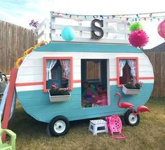 Dog Mom Discover Happy Camper Playhouse Plan This wooden camp trailer playhouse plan is sure to delight the kids who play in it and the adults who get to build it. Includes an upper level for napping too! Kids Playhouse Plans, Build A Playhouse, Garden Playhouse, Girls Playhouse, Kids Outdoor Playhouses, Childs Playhouse, Playhouse Windows, Kids Wooden Playhouse, Treehouse Kids