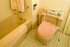 "Mamie Eisenhower and ""Mamie pink"": More insight from Gettysburg — Retro Renovation 1950s Bathroom, Vintage Bathrooms, Pink Bathrooms, Bathroom Sinks, Art Nouveau, Interior Window Shutters, Bathroom Showrooms, 1950s House, Art Deco"