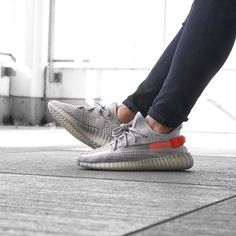Fashion Yeezy Boost 350 380 500 700 running shoes. Sneakers 2020 autumn and winter trends. Sneakers Outfit Casual, Sneaker Outfits Women, Sneakers Fashion Outfits, Nike Shoes Outfits, Adidas Fashion, Kanye West, Adidas Shoes Women, Adidas Sneakers, Shoes Sneakers