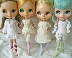 Blythe dolls with striped socks