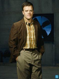 Kevin Weisman as Marshall Flinkman on Alias. The genius tech guy.