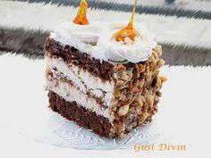.: Tort cu ciocolata, bezea si crema de lapte Romanian Desserts, Romanian Food, Cake Recipes, Dessert Recipes, Pavlova, Something Sweet, Cake Cookies, Yummy Cakes, Sweet Treats