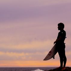 Know the feeling watching the sets roll in at first light? Aritz Aranburu does. #QuikSurf