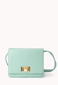 Forever 21 has some amazing bags this spring.  I'm dying over this perfect little mint crossbody bag. #purse
