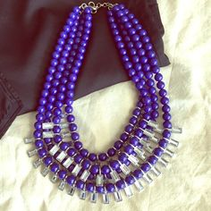 BR Statement Necklace, Cobalt Blue. Like new! BR Statement Necklace, Cobalt Blue. Like new! Banana Republic Jewelry Necklaces