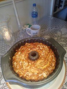 Philadelphia Jewish Apple Cake Recipe – Genius Kitchen Source by . Apple Cake Recipes, Apple Crisp Recipes, Apple Desserts, Dessert Recipes, Granny Smith, Food Cakes, Cupcake Cakes, Bundt Cakes, Cupcakes