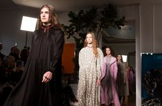 Beautiful flowy gowns and dresses were seen in of Valentino Fall Winter 2017 collection at Paris Fashion Week. Read the review and view the gallery here!