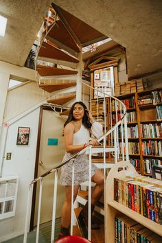 Ophelia's Bookstore - Fremont Seattle - Seattle's Most Instagrammable Places in Fremont Find Instagram, Instagram Worthy, Pho Place, Fremont Seattle, Fremont Bridge, Seattle Neighborhoods, I Want To Travel, Great Coffee, Adventure Is Out There