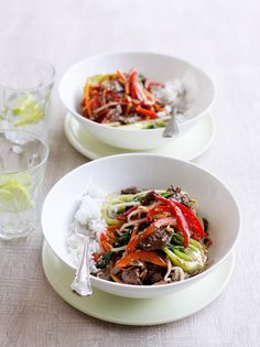 ♥️ Sesame beef stir-fry - quick and easy stir-fry with lots of fresh vegies.