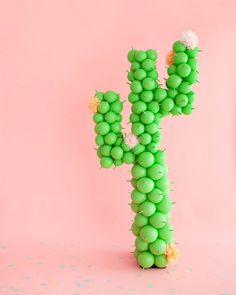 15 Creative Ways To Decorate With Balloons – Cactus Mexican Party Decorations, Bachelorette Party Decorations, Balloon Decorations, Balloon Ideas, Cactus Balloon, Balloon Shop, Diy Ballon, Giant Balloons, Tissue Paper Flowers