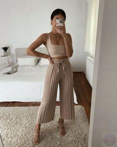 Looks Chic, Looks Style, Cute Casual Outfits, Stylish Outfits, Spring Summer Fashion, Spring Outfits, 80s Fashion, Fashion Outfits, Tennis Fashion