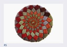 Entrelac knitting has experienced a revival with the advent of long-repeat self-striping yarns. This entrelac hat , the Kaleidoscope Tam. Crochet Stitches Patterns, Knitting Patterns Free, Stitch Patterns, Free Knitting, Tunisian Crochet, Knit Crochet, Crochet Hats, Double Knitting, Knitting Yarn