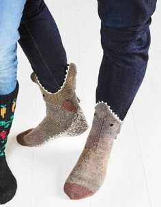 Haukisukat kalastajan varpaita lämmittämään   Meillä kotona Socks, Booty, Ankle, Knitting, Fashion, Moda, Swag, Wall Plug, Tricot