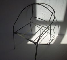 Vintage Garden Chair Frame / Outdoor Chair Frame par urgestudio