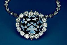 Le diamant bleu de la Couronne de France, est un grand diamant bleu acheté par Louis XIV à Jean-Baptiste Tavernier en 1668. Louis XIV le fait retailler par Jean Pittan en 1672-1673, Louis XV l'inclut dans l'insigne de l'Ordre de la Toison d'or. Il est volé en 1792, sa trace est perdue jusqu'à la découverte accidentelle en décembre 2007 par François Farges de son modèle en plomb qui, après des recherches, prouve que ce diamant de la Couronne est à l'origine du diamant Hope.
