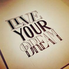 Un amoureux de calligraphie vous fait partager sa passion à ...