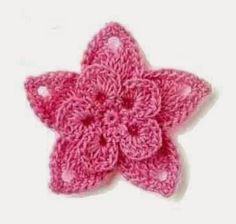 Crochet flower pattern with rounded and pointed petals! More Patterns Like This!