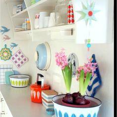 Lovely pastel retro kitchen