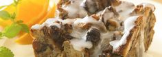 Cinnamon Roll Breakfast Bake: Enjoy the flavor of hot homemade cinnamon rolls without the kneading, rising and shaping. This breakfast bread pudding goes together in about 10 minutes. Breakfast Bread Puddings, Baked Breakfast Recipes, Breakfast Bake, Breakfast Ideas, Breakfast Healthy, Sweet Breakfast, Health Breakfast, Breakfast Casserole, Brunch Recipes