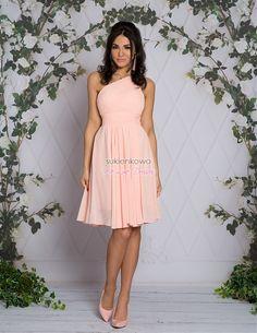 Sukienki online sklep z sukienkami, najlepsze sukienki na każdą okazję: komunię, studniówkę, sylwestra, randkę, wesele, komers, urodziny oraz imprezę. Talia, Strapless Dress, Graduation, Formal, Dresses, Style, Fashion, Preppy, Strapless Gown