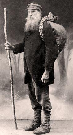 Book Smuggler Vincas Juska - 19th c Lithuania - http://www.pinterest.com/egidijac/book-history/