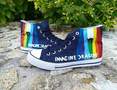 Me wants dem shoos Imagine Dragons, Dan Reynolds, Looks Style, My Style, Dragon Memes, Converse, Pentatonix, Painted Shoes, Animal Tattoos