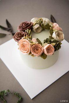Buttercream flower cake...beautiful!