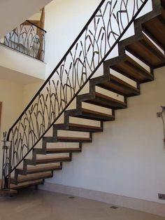 Кованая лестница строгая. Фото 6