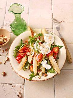 Salat mit gebratenem Spargel, Ziegenkäse, Rauke und Tomaten, ein tolles Rezept mit Bild aus der Kategorie Gemüse. 24 Bewertungen: Ø 4,5. Tags: Braten, Frühling, Gemüse, kalt, Salat, Snack, Vegetarisch, Vorspeise