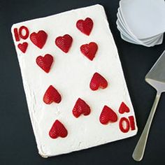 10 of Hearts Fruit Pizza | Looksi Square  This would be perfect for my uncle who loves cards.