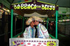 JORNAL CORREIO MS: Novela da Globo inspira beijo gay em quadrilha jun...