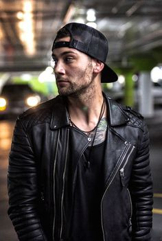 Classic Leather Jacket, Leather Jacket Outfits, Men's Leather Jacket, Leather Men, Leather Jackets, Black Leather, Look Fashion, Mens Fashion, Classy Fashion