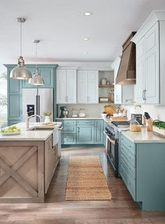 Rustic Kitchen Ideas - You do not have to reside in the nation to appreciate the peacefulness that features a rustic atmosphere. These sensational rustic kitchen areas are located all . Modern Farmhouse Kitchens, Farmhouse Kitchen Decor, Home Decor Kitchen, Home Kitchens, Rustic Farmhouse, Kitchen Ideas, Farmhouse Style, Farmhouse Design, Kitchen Furniture