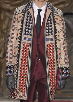 patternprints journal: PRINTS, PATTERNS AND TEXTILE SURFACES FROM PARIS CATWALKS (MENSWEAR F/W 2015/16) / Valentino