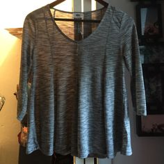 Gray 3/4 top Gray 3/4 top Old Navy Tops