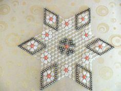 Yatak odasi ortusu Diy And Crafts, Hello Kitty, Crochet, Frame, Handmade, Herbs, Patterns, Doilies, Beads