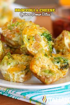 Broccoli and Cheese Quinoa Power Bites Recipe ~ They are loaded with vegetables and healthy protein and are absolutely delicious. Plan on making these sometime soon. Baby Food Recipes, Cooking Recipes, Milk Recipes, Healthy Snacks, Healthy Eating, Healthy Protein, Quinoa Bites, Quinoa Salad, Vegetarian Recipes